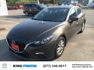2014 Mazda Mazda3 Sport GS! BACK UP CAMERA! 7IN TOUCH SCREEN! ON