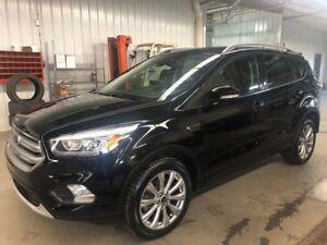 2017 Ford Escape Titanium BLACK ON BLACK! NICE LOOK!