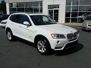 2013 BMW X3 xDrive28i Turbo Power Roof, Pwr leather Seats.