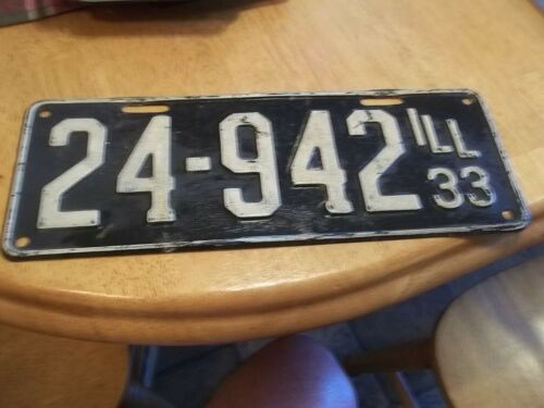 Illinois License plate 1933  # 24-942