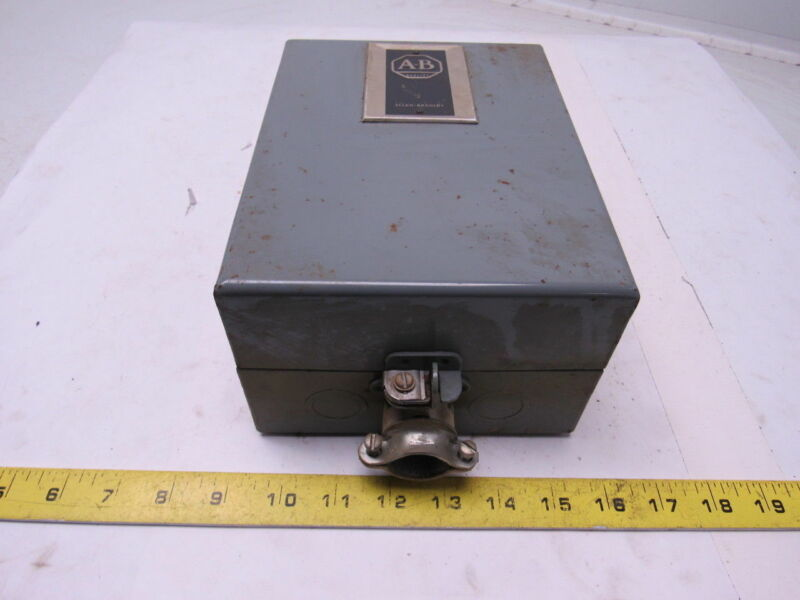 A-B Allen Bradley 702A0D93 AC Contactor Starter Series K Size 0