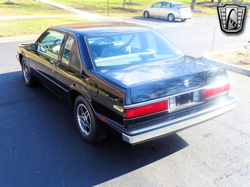 Image 6 Voiture American classic Buick LeSabre 1986