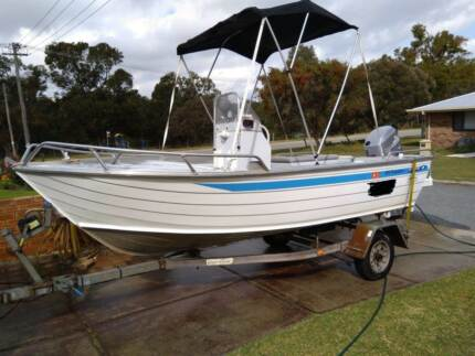 Brooker 4.75m Center Console Boat