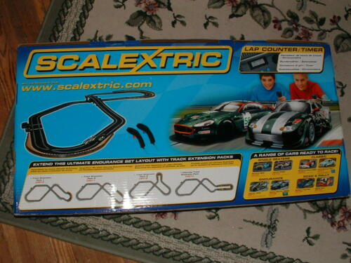 Scalextric 1/32 Ultimate Endurance Aston Martin vs Jaguar Race Set NOS Unused