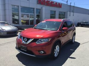 2016 Nissan Rogue SV All Wheel Drive, Heated Seats, Back Up Cam!