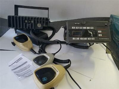 Motorola 2 Maratrac Cb Radio Setup With 3 Microphone  Speaker Mount