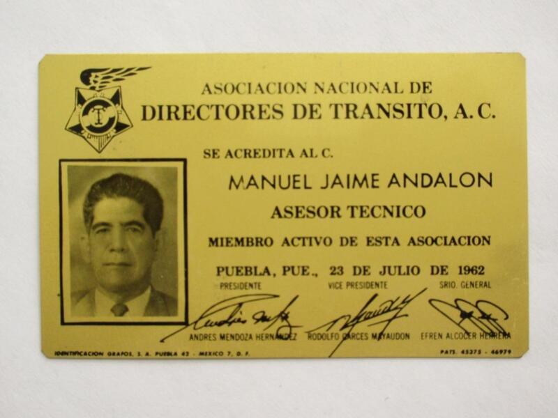 OBSOLETE 1962 PUEBLA MEXICO TECNICHAL ADVISOR MEXICAN POLICE BADGE ID POLICIA