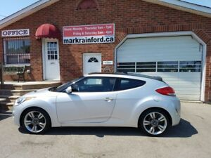 2012 Hyundai Veloster Tech Navigation, Pano Roof, Manual