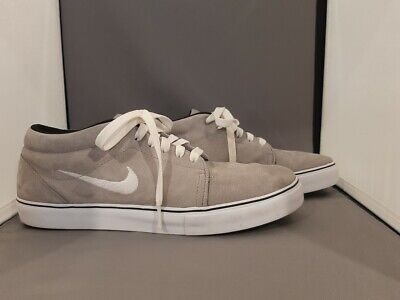 Nike Mens Satire Mid Shoes 599081-010 sz 10  Grey- Very Nice- Free Shipping