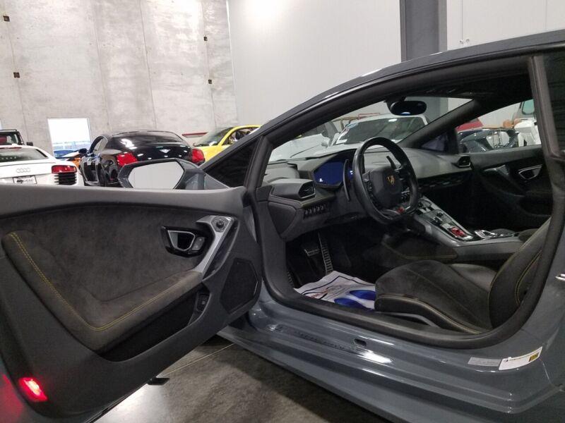 Image 11 Voiture American used Lamborghini Huracan 2017