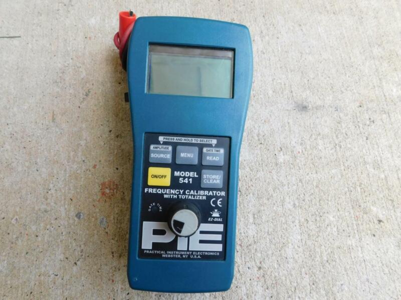 PIE ALTEK MODEL 541 FREQUENCY CALIBRATOR WITH TOTALIZER