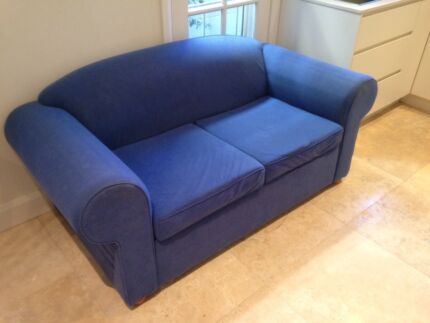 FREE 2 SEATER SOFA - NO RIPS IS IN GOOD CONDITION Bondi Junction Eastern Suburbs Preview