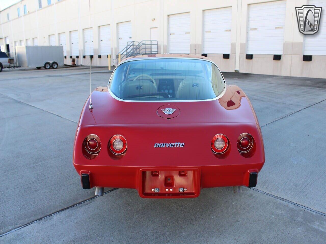 1978 Red Chevrolet Corvette   | C3 Corvette Photo 4