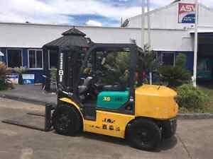 Komatsu fork lift petrol 6 cyl North Albury Albury Area Preview