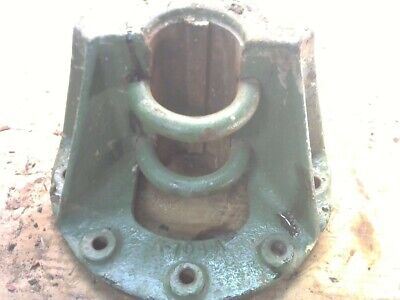 Oliver 88 Gas Row Crop Tractor Axle Clamp K704 B Green One
