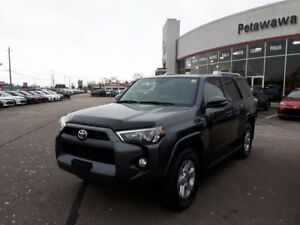 2015 Toyota 4Runner SR5 7 passenger with Navigation