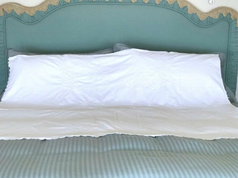 """Antique Twin Size Bed Covering ~ White Cotton ~ Embroidery Coverlet ~ 63"""" x 94"""""""