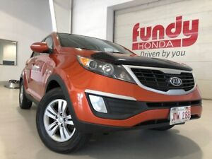 2012 Kia Sportage LX w/parking assist NO ACCIDENT