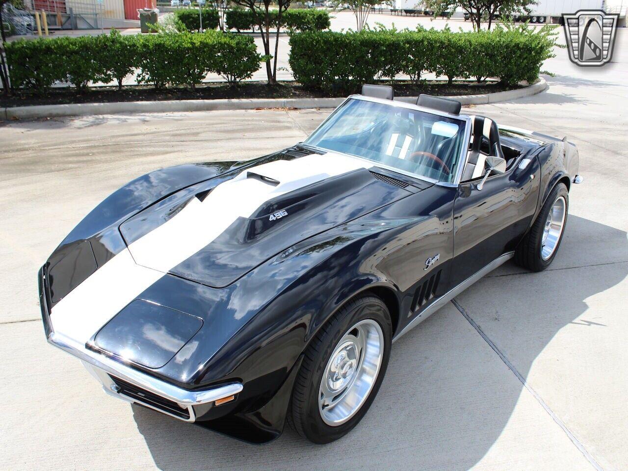 1969 Black Chevrolet Corvette   | C3 Corvette Photo 3
