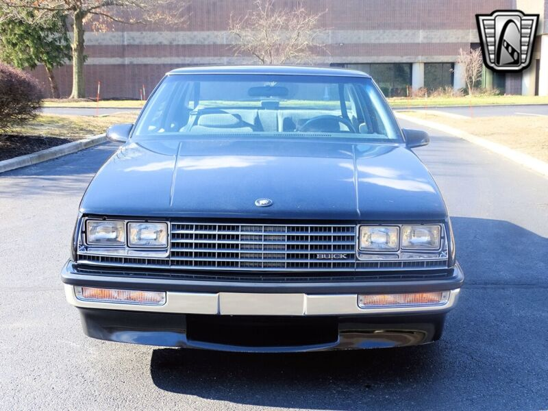 Image 8 Voiture American classic Buick LeSabre 1986
