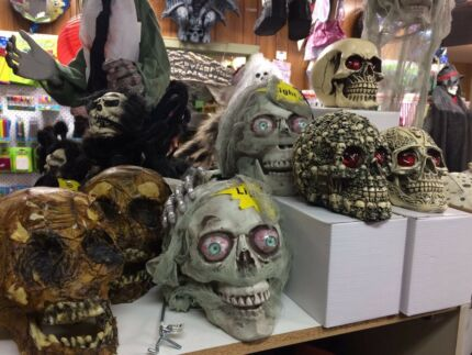 huge halloween clearance props decorations etc