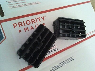 92-96 FORD F150 DASH VENTS 92-96 FORD F-150/250 BRONCO DASH VENTS SET OF 2