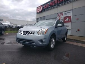2012 Nissan Rogue S, Auto, mags, hitch ++