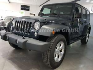 Jeep Wrangler Unlimited Hard-Top 3.6 Automatik