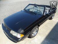 Miniature 12 Coche Americano de época Ford Mustang 1989