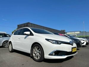 2017 Toyota Corolla ZRE182R Ascent Sport S-CVT White 7 Speed Constant Variable Hatchback Tweed Heads South Tweed Heads Area Preview