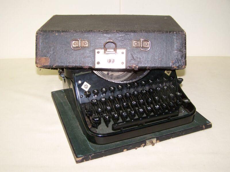 Old Typewriter Mercedes Prima, Typewriter
