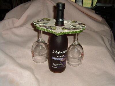 Wine Glass Holder Over-Bottle Glazed Ceramic Grapes Heart NEW Grapes Wine Holder