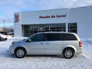 2010 Chrysler TOWN COUNTRY LIMITED
