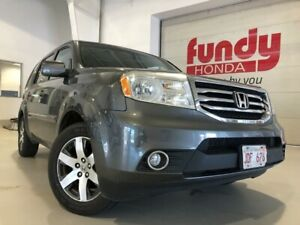 2012 Honda Pilot Touring w/ four new tires GREAT CONDITION