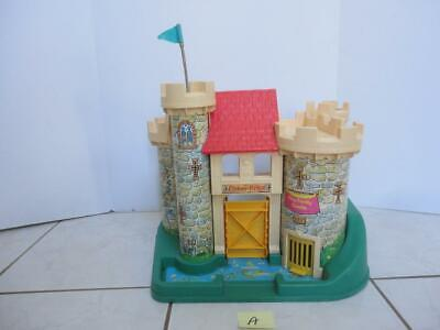 Vintage Fisher Price CASTLE #993 from 1974 (a)
