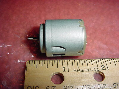 Small Dc Electric Motor 1.5-3 Vdc 3700rpm 10.5 G-cm M03