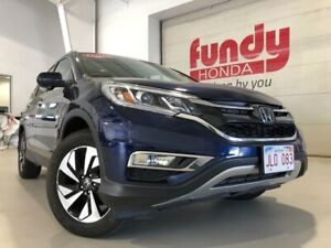 2015 Honda CR-V Touring w/navi and leather ONE LOCAL OWNER