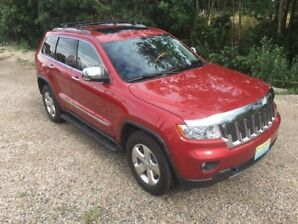 2011 Jeep Grand Cherokee Overland with V8 Hemi