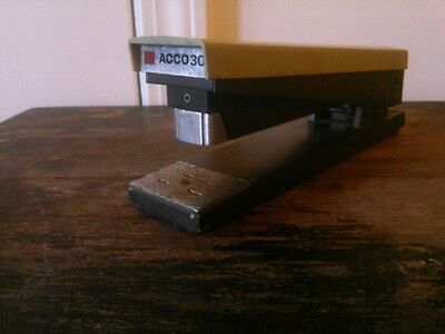 Vintage Acco 30 Stapler Acco Inc. Chicago Il Made In Usa Works Beige