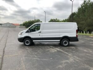 2017 Ford TRANSIT 250 LOW ROOF RWD