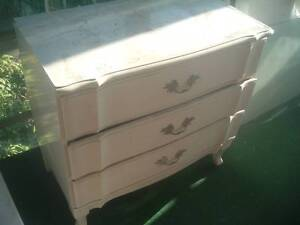 3 Draw Dresser Mayfield West Newcastle Area Preview