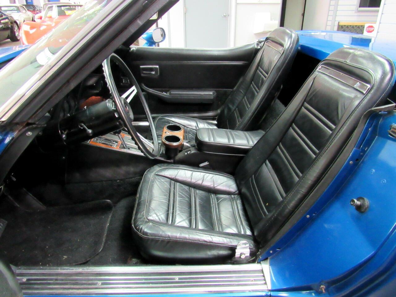 1974 Blue Chevrolet Corvette Convertible  | C3 Corvette Photo 9