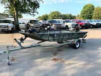 2006 Tracker Grizzley 1548 500 Miles Camo Boat 2005 25HP Mercury Select