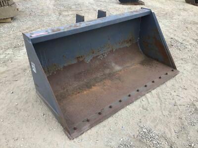 Arrow 72 Wheel Loader Bucket 1.2 Yard Capacity Model 3207212b089 Stock 203529