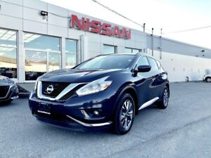 2017 Nissan Murano SV  AWD  $206 Bi Weekly An AWD SUV with a tas