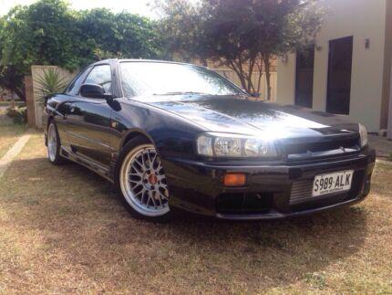 Black Nissan Skyline GTT $10,500