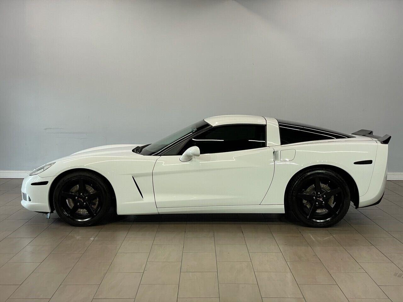 2007 White Chevrolet Corvette Coupe  | C6 Corvette Photo 7