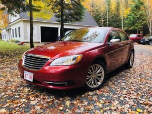 2012 Chrysler 200 Limited, Leather, Sunroof 29,000Km's $57.Wk.