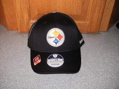 f76ee933d NWT REEBOK PITTSBURGH STEELERS BLACKOUT SIDELINE FLEXFIT FOOTBALL HAT CAP  S/M