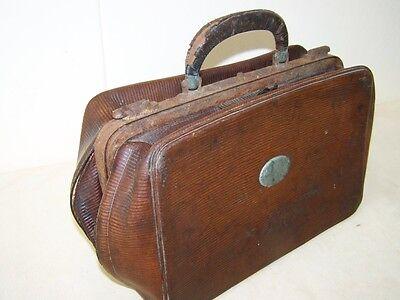 Große alte Arzttasche Hebammentasche Leder, alter Arztkoffer, Reisetasche